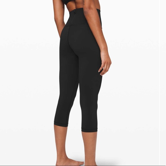 "Lululemon Run with the Waves Crop 21"" Black"